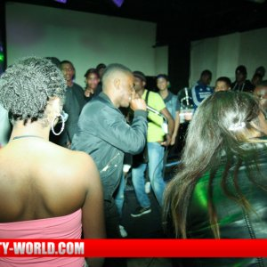 Bounce With Teens 02.11.2013